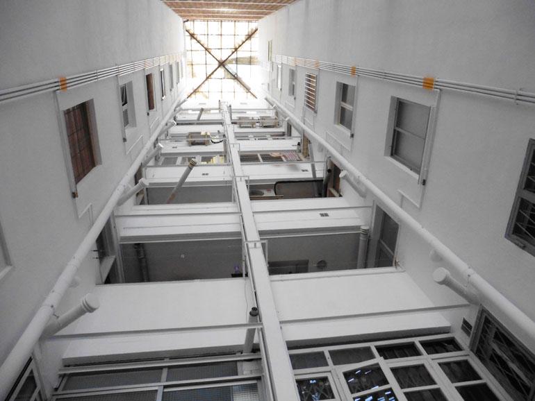 Rehabilitació de patis de llums a Ronda Sant Pau