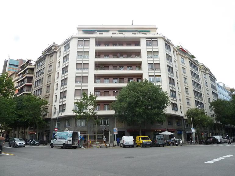 Rehabilitació de façana al C/Buenos Aires