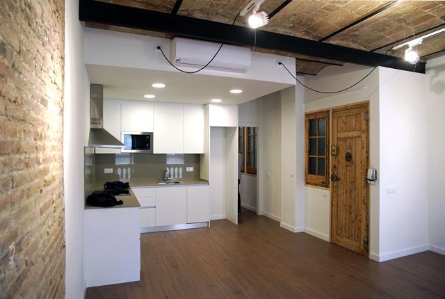 Reforma d'habitatge al C/Pellaires 29