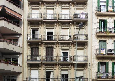Rehabilitació de façana principal al C/València